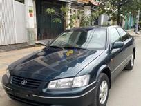Bán xe Toyota Camry đời 2000 còn mới, giá 325tr