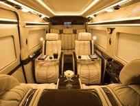 Xe Transit Limousine President cải tạo bởi Auto Kingdom, sang trọng, đẳng cấp, tiện nghi. Liên hệ 0972957683