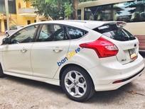 Bán xe cũ Ford Focus 2.0 AT 2014, màu trắng chính chủ