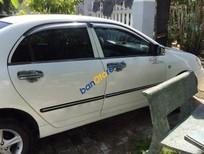 Cần bán gấp Toyota Corolla altis MT đời 2002, màu trắng số sàn, 265tr