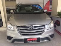 Bán Toyota Innova E 2014, màu bạc