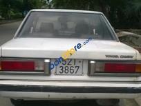 Bán Toyota Camry MT đời 1986, màu trắng, giá tốt