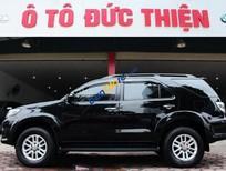 Bán xe Toyota Fortuner V 4x2AT sx 2014, 1 cầu, màu đen
