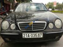 Cần bán lại xe Mercedes E240 đời 2001, màu đen, nhập khẩu