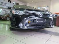 Bán Toyota Camry 2.0E năm 2016