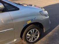 Bán ô tô Toyota Innova E đời 2015, màu bạc