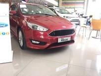 Bán xe Ford Focus 1.5 Ecoboost 5 DRS 2016, màu đỏ giá cạnh tranh