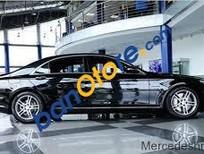 Cần bán xe Mercedes năm 2015, màu đen