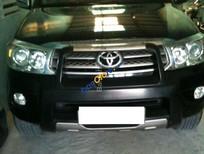 Cần bán lại xe Toyota Fortuner G 2010, màu đen xe gia đình