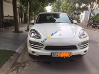Cần bán lại xe Porsche Cayenne năm 2013, màu trắng, nhập khẩu