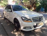 Cần bán Mercedes sản xuất 2011, màu trắng, số tự động
