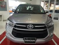 Toyota Giải Phóng 0911159339 bán ô tô Toyota Innova E 2016, màu bạc, giao xe ngay hỗ trợ trả góp 90%