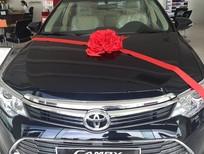 Bán Toyota Camry 2.0E 2016, màu đen, mới 100%. Hỗ trợ trả góp, lãi suất thấp - LH: 0906.02.6633(Mr.Long)