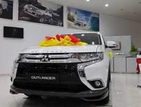 Bán xe Outlander tại thị trường Huế, giá xe tốt, nhập khẩu, giao xe ngay, LH Quang 0905596067