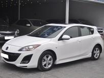 Cần bán gấp Mazda 3 2010, màu trắng, nhập khẩu