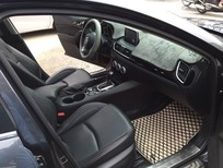 Cần bán lại xe Mazda 3 1.5 AT 2016, màu xám, 680tr