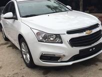 Bán Chevrolet Cruze đời 2017, màu trắng, giá tốt