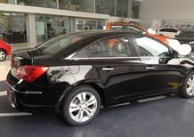 Cần bán Chevrolet Cruze 1.6 LT 2016, màu đen