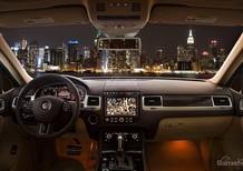 Ô Tô Nhập Khẩu Chính Hãng Đức Gầm Cao Volkswagen Touareg GP 2016, màu vàng cát. KM 100% thuế trước bạ+chi phí lăn bánh