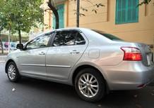 Bán xe Toyota Vios 1.5E đời 2010, màu bạc, chính chủ.356tr