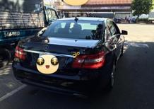 Xe Mercedes V6 đời 2011, màu đen còn mới