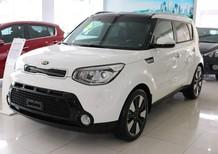 Bán xe Kia Soul đời 2015, màu trắng