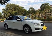 Cần bán Chevrolet Cruze LT 2015, màu trắng, 528 triệu