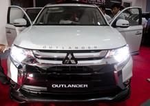 Bán xe nhập khẩu, xe gầm cao Outlander 5 chỗ giá tốt. Xe Mitsubishi Outlander 1 cầu, máy xăng