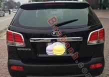 Cần bán gấp Kia Sorento đời 2012, màu đen số sàn