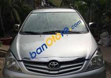 Cần bán xe Toyota Innova MT năm 2009, màu bạc số sàn, giá tốt