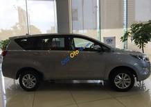 Bán Toyota Innova E đời 2016, màu bạc, giá chỉ 793 triệu