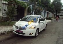 Cần bán lại xe Toyota Vios đời 2009, màu trắng, giá tốt