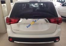 Cần bán xe Mitsubishi Outlander CVT 2.0AT 2017, màu trắng, xe nhập