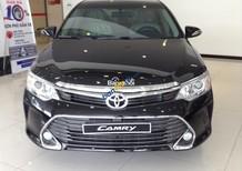 Cần bán xe Toyota Camry 2.5Q đời 2017, màu đen