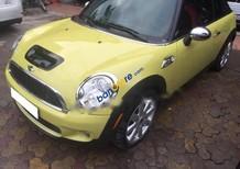 Cần bán xe Mini Cooper sản xuất 2010, màu vàng, nhập khẩu nguyên chiếc, giá 750tr