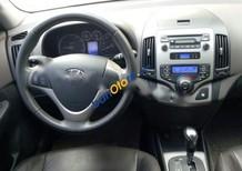 Bán Hyundai i30 CW đời 2010, màu trắng, nhập khẩu