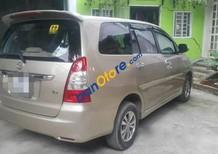 Cần bán gấp Toyota Innova E đời 2008 xe gia đình