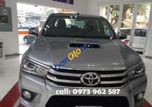 Bán Toyota Hilux AT đời 2017, màu xám, nhập khẩu chính hãng, giá 680tr