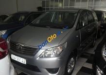 Bán Toyota Innova đời 2013, màu xám số sàn