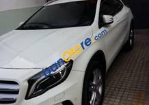 Cần bán lại xe Mercedes GLA 200 sản xuất 2015, màu trắng, nhập khẩu