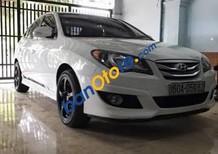 Bán xe cũ Hyundai Avante sản xuất 2012, màu trắng số sàn, 430 triệu