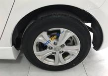 Bán Mazda 3 đời 2010, màu trắng, nhập khẩu chính hãng chính chủ