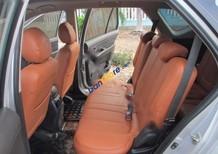 Bán xe Kia Carens đời 2010, màu bạc còn mới, giá 358tr