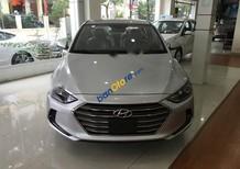 Bán Hyundai Elantra 1.6MT đời 2017, màu bạc giá cạnh tranh