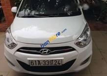 Cần bán xe Hyundai i10 đời 2013, màu trắng
