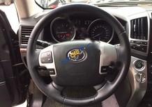 Tôi cần bán xe Toyota Land Cruiser VX V8 sản xuất 2013, màu đen, nhập khẩu