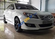 Cần bán lại xe Hyundai Avante đời 2012, màu trắng