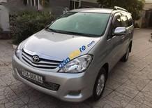 Cần bán xe cũ Toyota Innova 2009, màu bạc xe gia đình