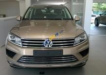 Volkswagen Touareg 3.6l GP đời 2016, màu vàng cát, nhập khẩu Đức, dòng gầm cao sang, chảnh - LH Hương 0902.608.293