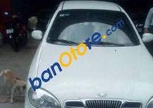Cần bán xe Daewoo Lanos MT đời 2005, màu trắng